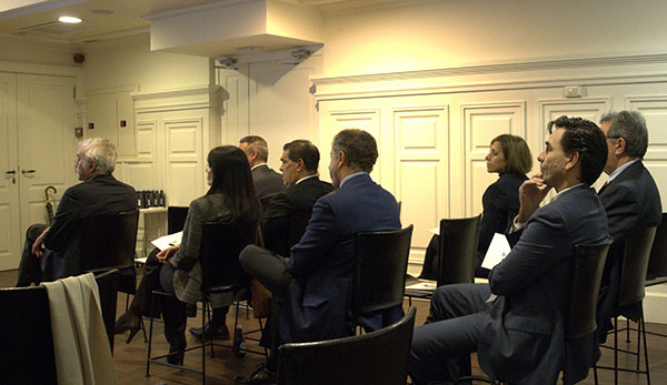 """Algunos de los asistentes al evento """"En constante innovación"""", de Vmark e IBM"""